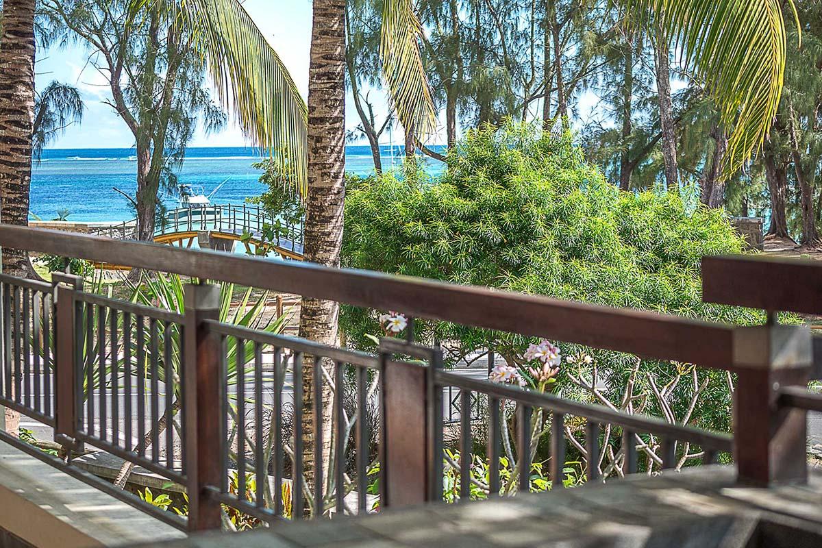 Cape Bay Residence