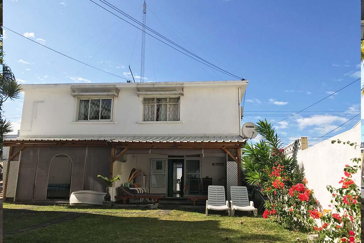 Flore Cottage